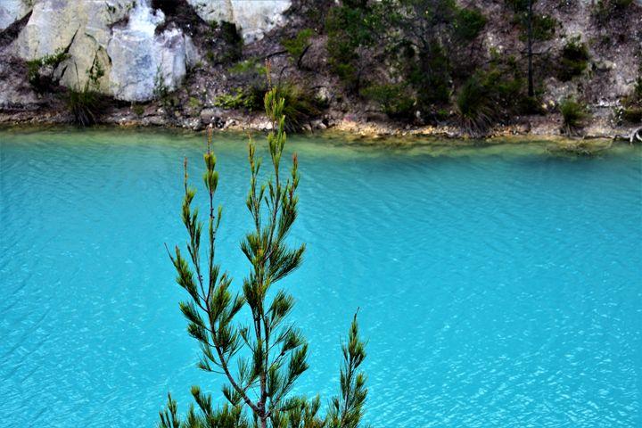 Little Blue Lake - samararose photography