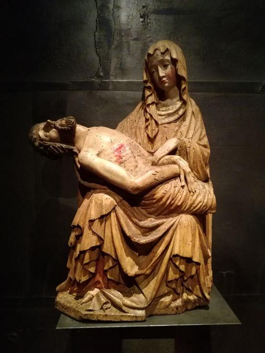 Virgin Mary and Jesus - Danciatko