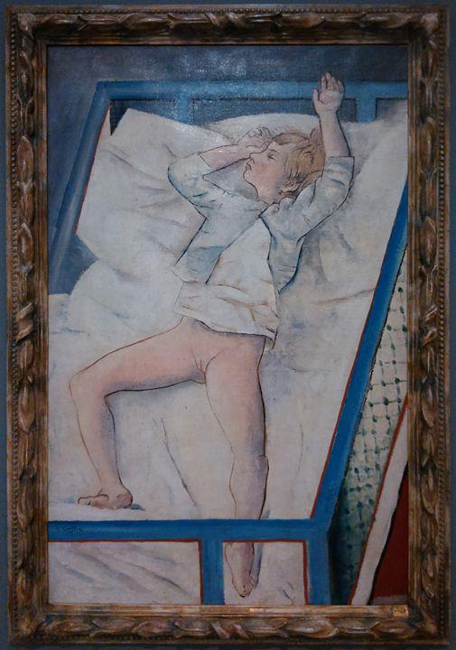 Child in child bed - Danciatko