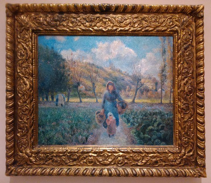 Girl in the garden - Danciatko