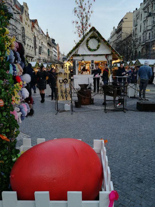 Easter in town Prague - Danciatko