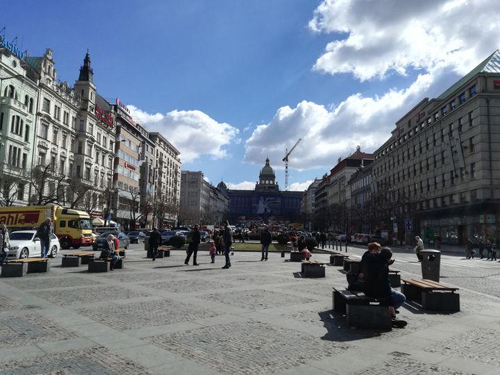 Wenceslas square Prague - Danciatko