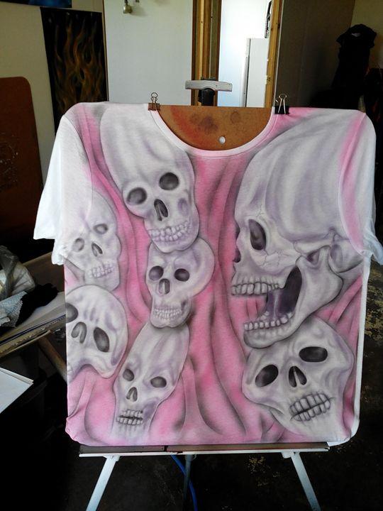 Distorted skulls - Skunk-Art