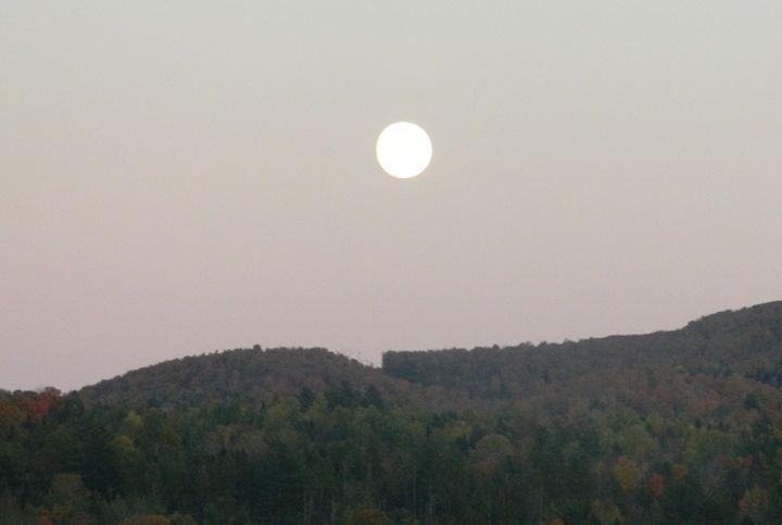 Full Moon in Vermont - Rachel's Photos & Drawings