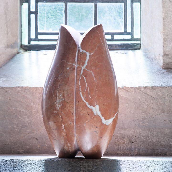 Lilith - Ana Ruiz Agüí- sculpture