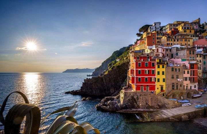 Sunset in Riomaggiore - Photography by Lourdestm