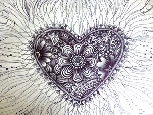 henna tattoo heart pattern art