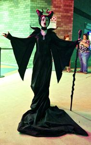 Maleficent Cosplay: 2014 Premiere