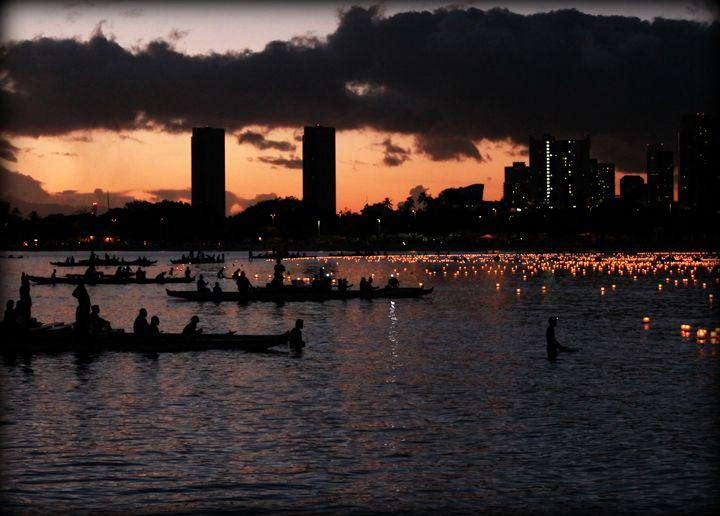 Lantern festival in Oahu Hawaii - 5 Angels Photography