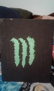 monster energy drink logo green