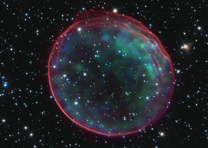 Supernova explosion - zach3/4