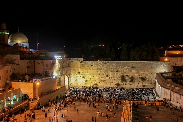 wailing wall On Tisha B'av Jerusalem - PhotoStock-Israel