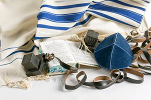 Teffilin, Talith and Sidur for Jewis - PhotoStock-Israel