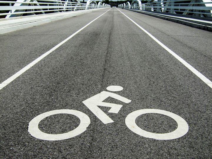 Bicycle lane - PhotoStock-Israel