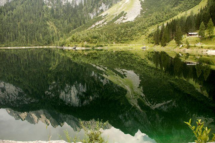 Lake Gosau in the Dachstein Mountain - PhotoStock-Israel