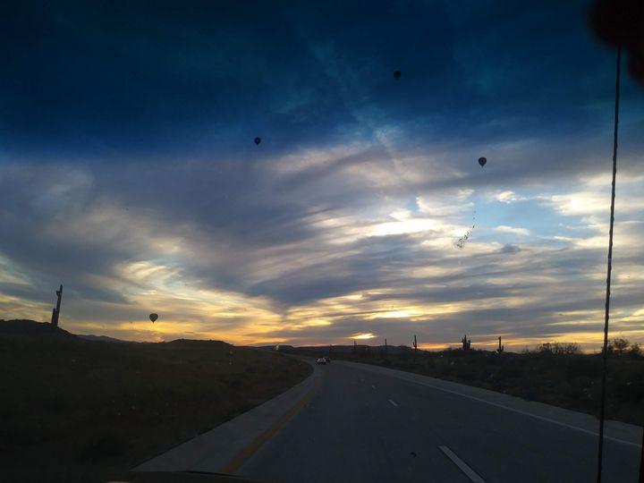 Az sunset & Hot air Balloons - CMT  GRAVITY  DESIGNS