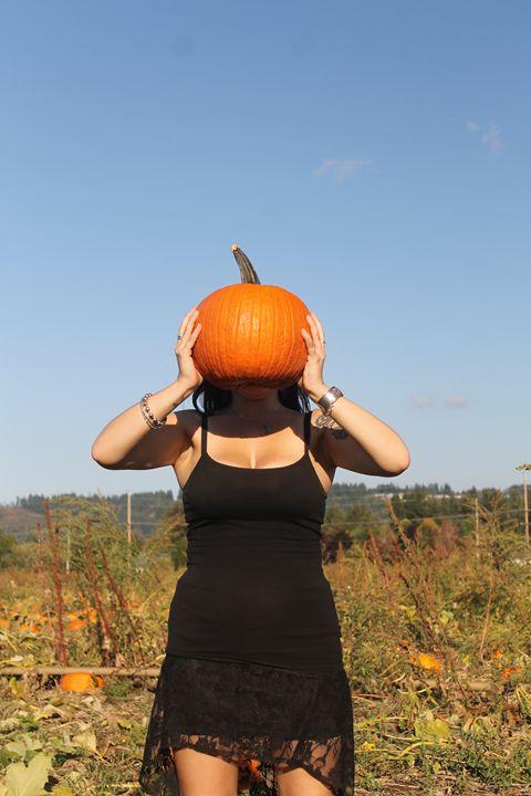 Pumpkins 3 - Bella Lunacy
