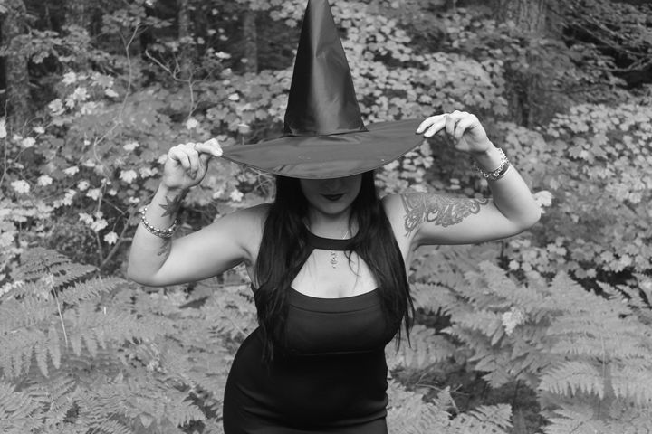 Witch 2 - Bella Lunacy