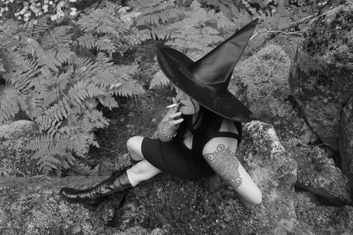 Witch - Bella Lunacy