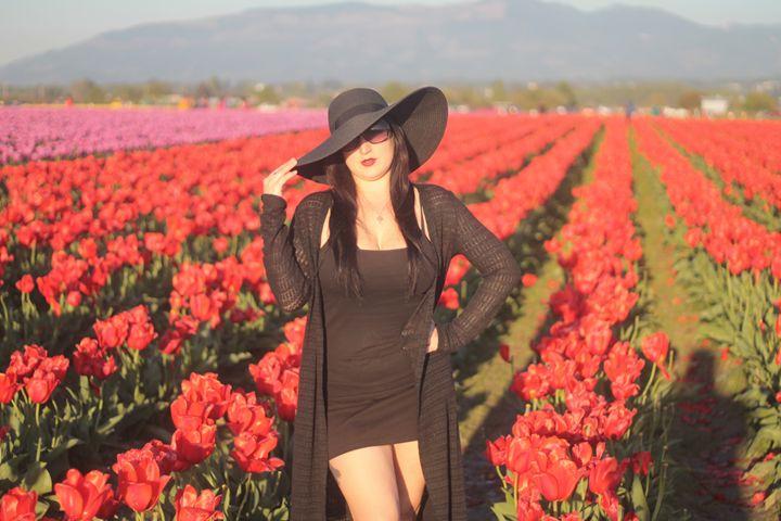 Tulips 5 - Bella Lunacy