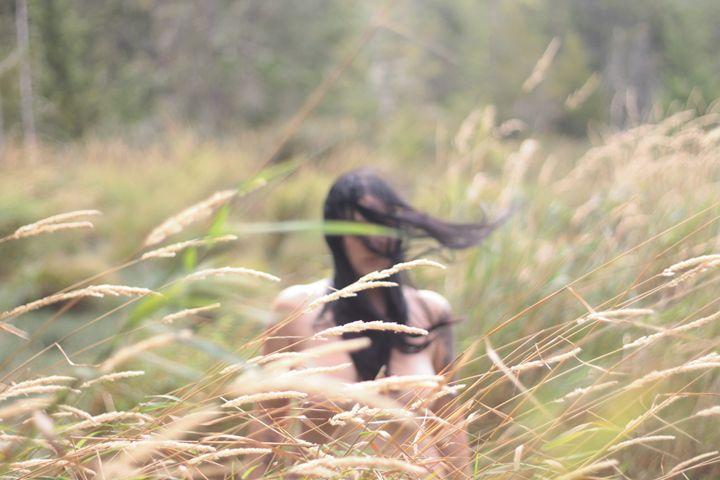 In the Grass - Bella Lunacy