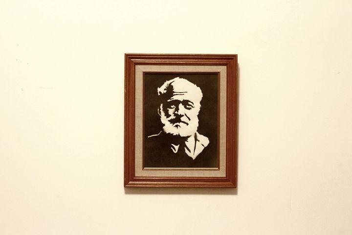 Ernest Hemingway B&W Series Original - Almost Original MTL