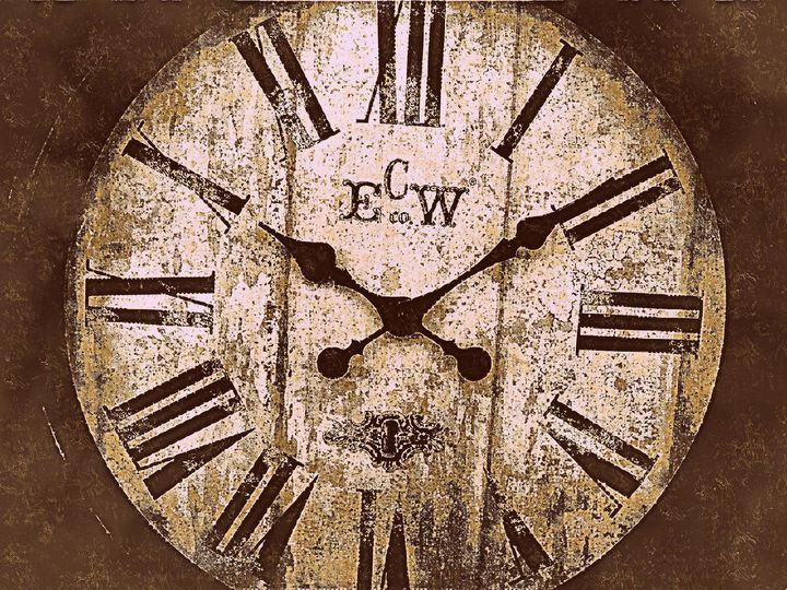 Antique looking clock 2 - Strange World