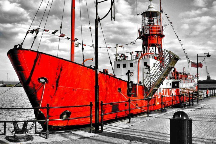 RED SHIP - JEAN-JACQUES MASSOU