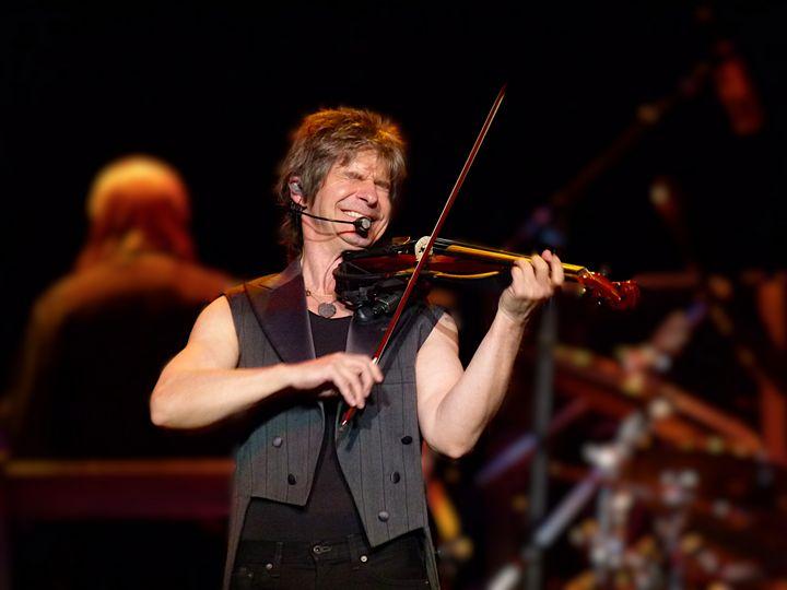 Kansas Violinist in Concert - Dimage Studios