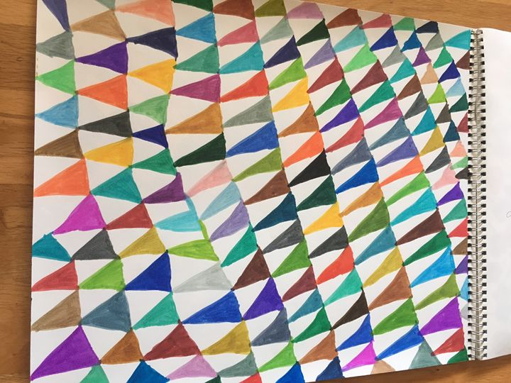 Pointing triangle - Shapes of color