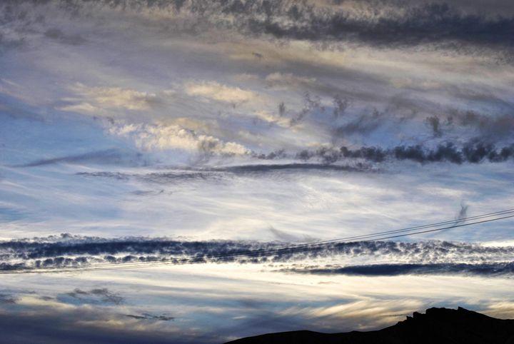 Amazing Skies - Mistyck Moon's Turmoil Of The Mind