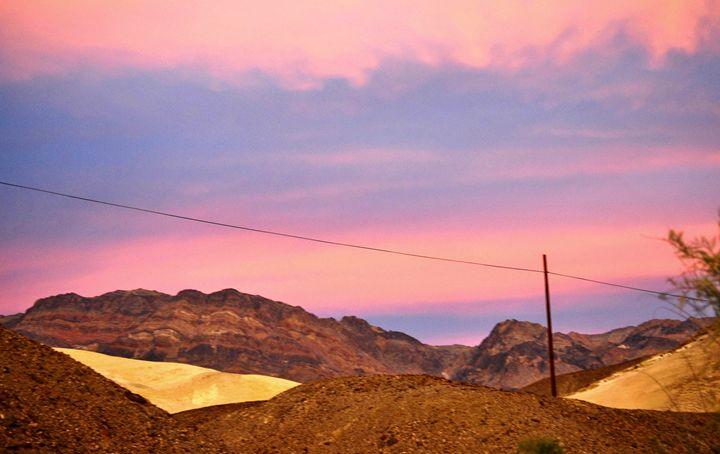 Desert Colors - Mistyck Moon's Turmoil Of The Mind