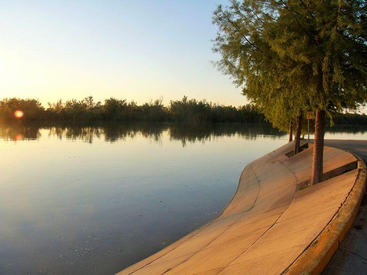Mississippi River In Vickskburg - Mistyck Moon's Turmoil Of The Mind