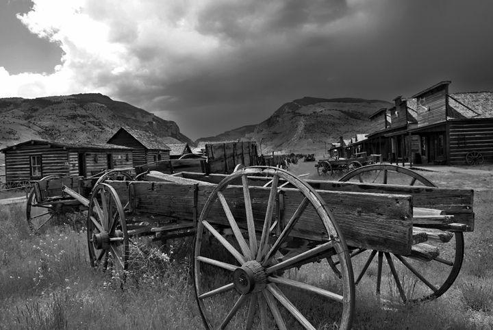 Old Wagon Town - Mistyck Moon's Turmoil Of The Mind