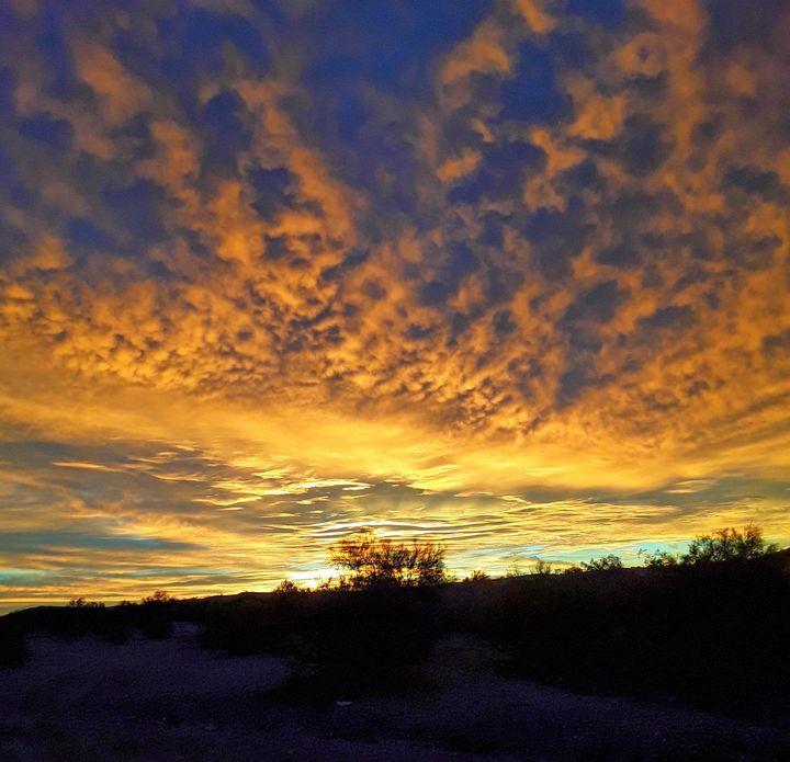 Quartzsite Arizona Sunset - Mistyck Moon's Turmoil Of The Mind