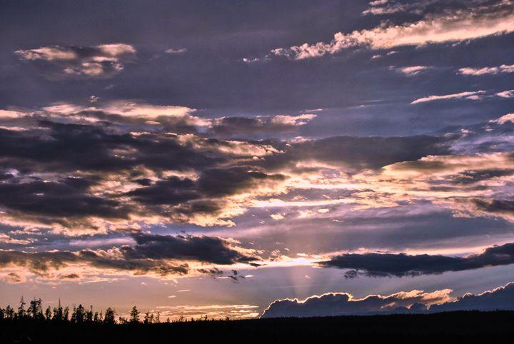 Sunset Skies - Mistyck Moon's Turmoil Of The Mind