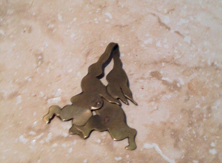 Dancing Couple Copper Pendant - beach decor treasures
