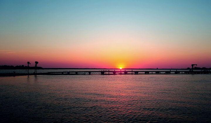 Charleston's Sunset Park - Lisa M. Moore