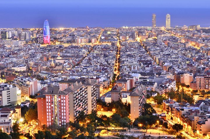Barcelona Skyline - Marek Stepan Photographer