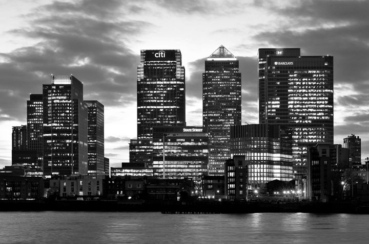 London Canary Wharf B&W - Marek Stepan Photographer