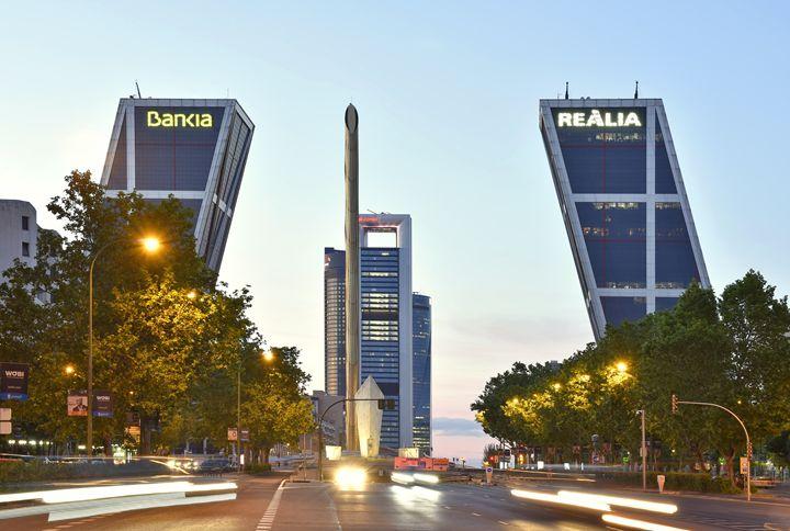 Puerta De Europa Madrid Spain - Marek Stepan Photographer