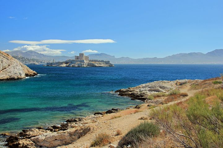 Marseille, France - Derek Leathlean