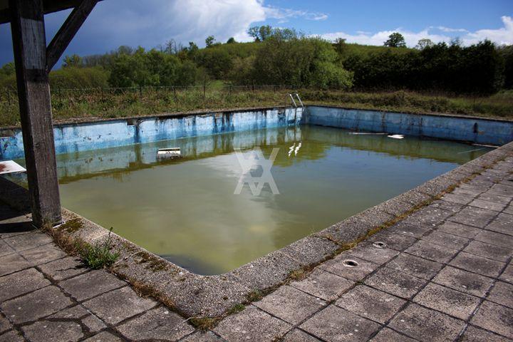 Dead pool - Lucie Boiron