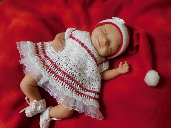 Nicole ,Ooak sweet dreams - Ooak polymer clay  hand sculptures mini babies