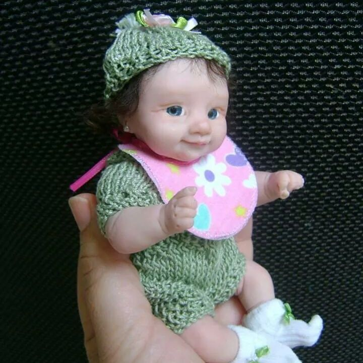 Bella ,Ooak by bettymoni - Ooak polymer clay  hand sculptures mini babies