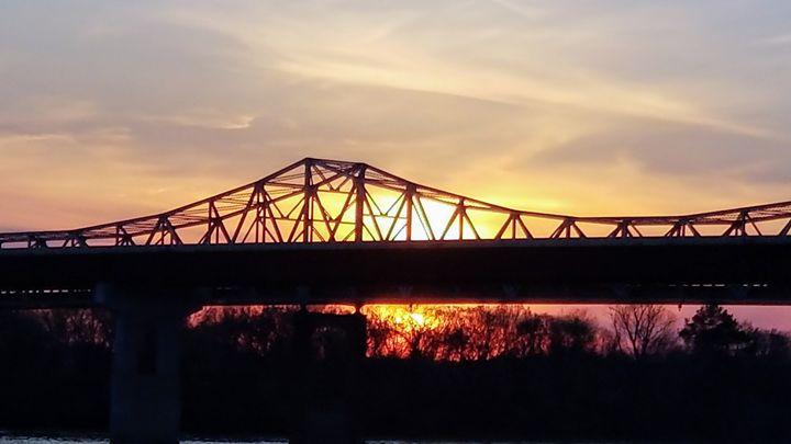 Iridescent sunset - Midnight Treasures