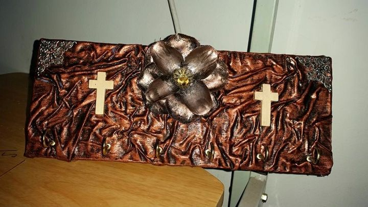 key holder - Naboom Arts and Crafts