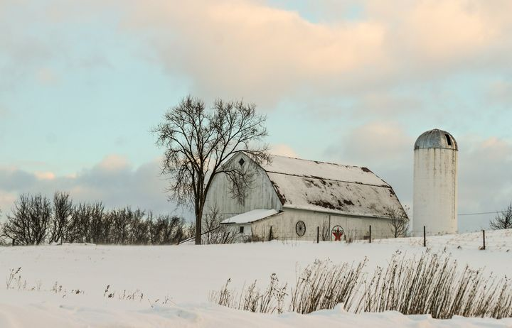 Winter Barn - Lisa Willey Photography