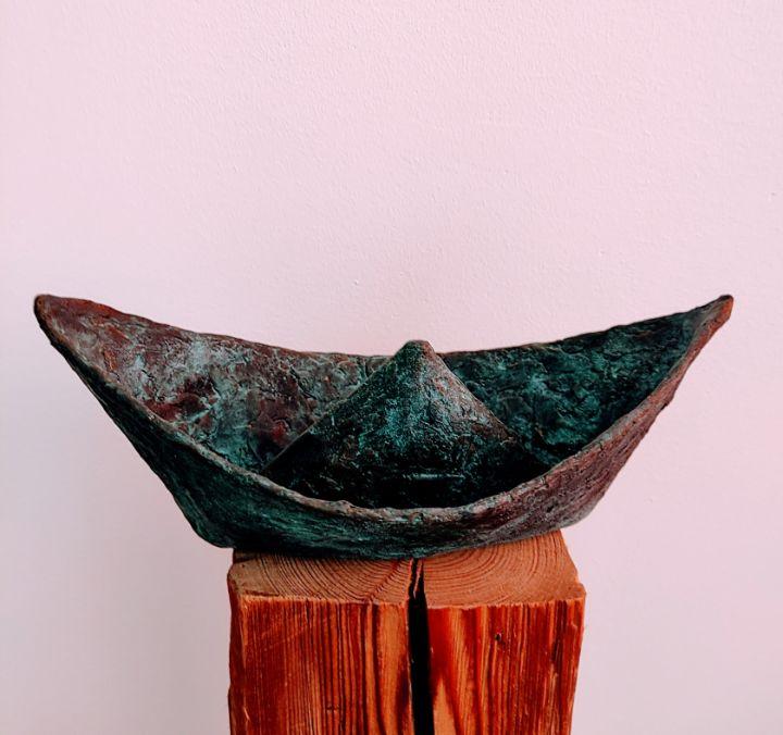 """ Paper boat ' - ART-IN-BRONZE"