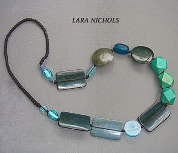 Turquoise wood necklace - Lina Roseli